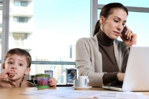 çalışan annelerin dikkatinee