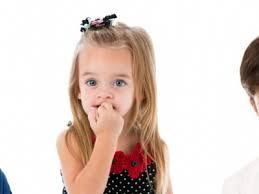 çocuklarda tırnak yeme problemi